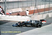 "WOLF WILLIAMS FW05/Hesketh 308C  Michel Leclere Long Beach GP 1976 10x7"" action photo"
